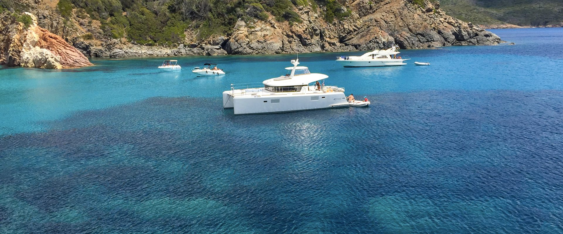 Croisière en bateau sur un catamaran